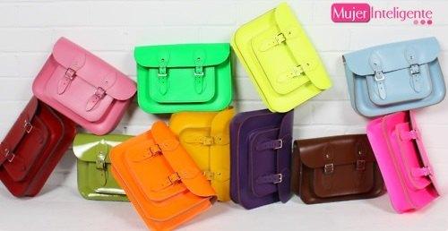Lo último en bolsos de moda color flúor