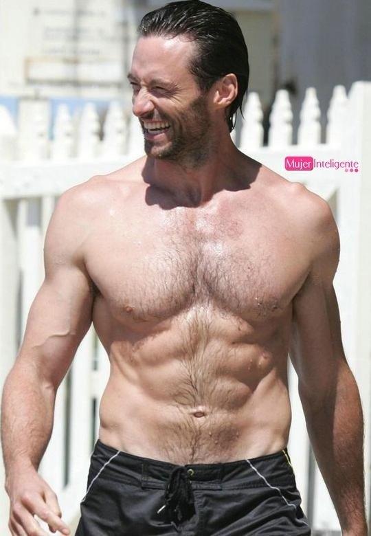 Hugh Jackman sin camisa