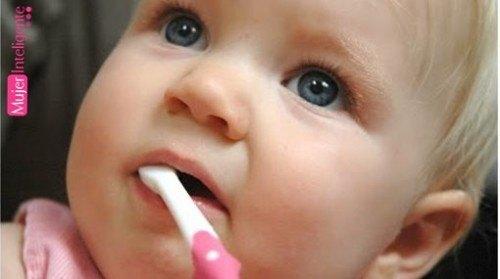 Mi bebe ya tiene dientes