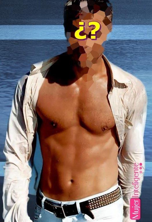 Brad Pitt sin camisa