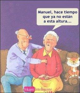 chiste-vieja-graciosa-con-su-esposo-tocando-las- tetas