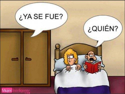 chiste de matrimonio en la cama con vecino amante escondido en el armario